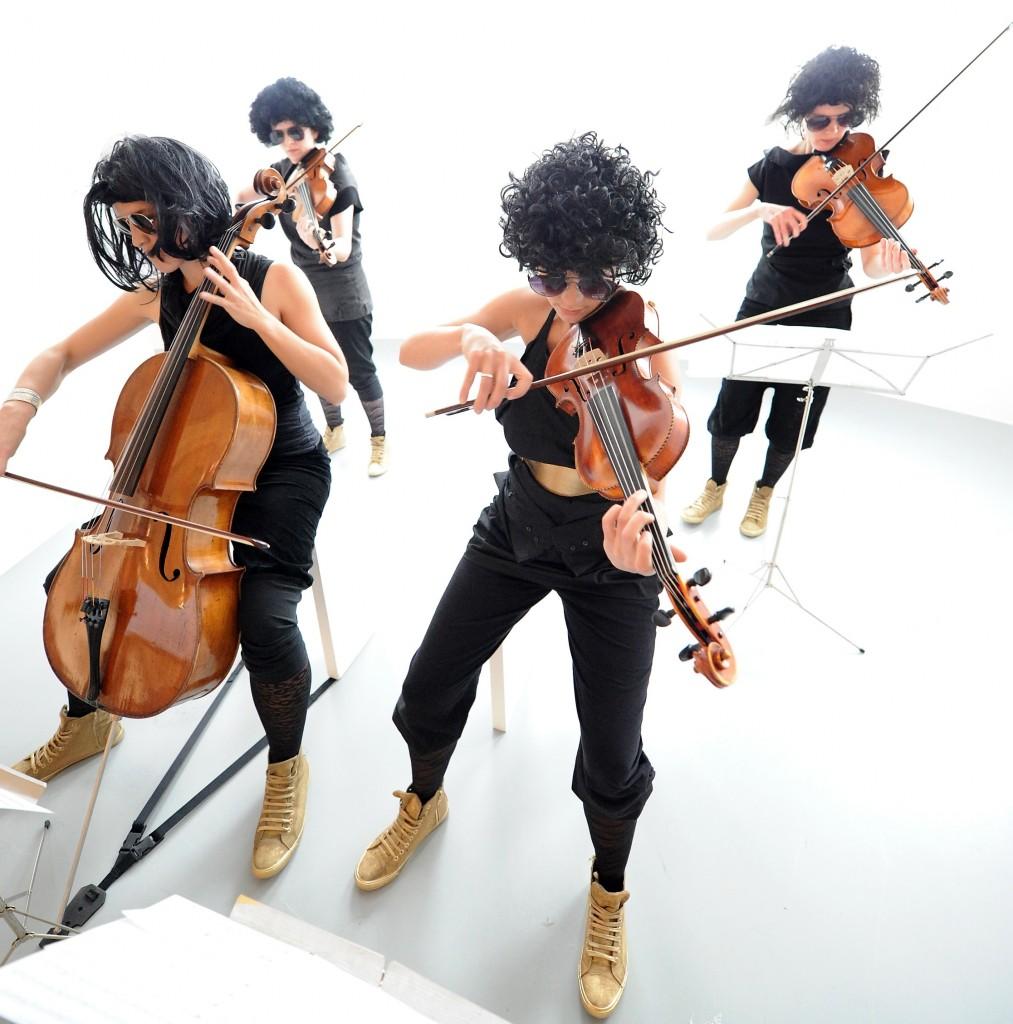 QUARTETT Plus 1  Musik in Kunstwerken - american jesus suite -